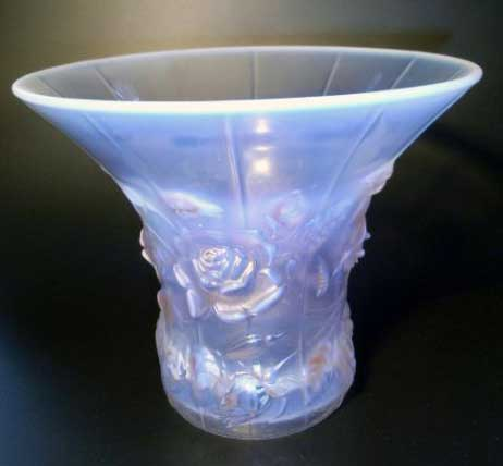 Other British Glass. BarolacPinkRoses